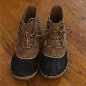 Sorel duck boots
